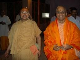 Sri Sadgurudev Ji Maharaj with Swami Shri Govindadev GiriJi