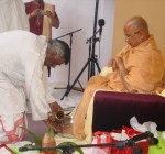 Shri Sadgurudev Ji Maharaj welcomed by Pt. Sukul the traditional way