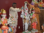 Shri Sadgurudev Ji Maharaj and Pt. Sukul perform Abhishek of the Deities