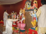 Shri Sadgurudev Ji Maharaj performs Praan Pratishtha of the deities along with the rest of the Pandits