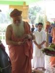Swami Shri Gurusharanananda Ji Maharaj preparing to perfom Puja to Shri Sharaneshwara Mahadev