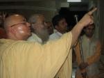 Shri Sadgurudev Ji Maharaj showing Jagadguru Nimbarkacharya Shri Shriji Maharaj the plaque which he unveiled during the consecration of Shri Golok Dham Ashram in 2004