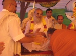 Shri Palaniswamiji of the Kauaii Aadheenam, Hawaii with the Jagadguru Nimbarkacharya Shri Shriji Maharaj