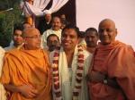 Swami Shri Govind Dev Giriji Maharaj, Acharya Shri Bal Krishna Ji Maharaj & Shri Sadgurudev Ji Maharaj after the programme
