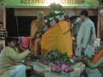 Sahasra Kamala - Bilvapatra Archana, or, 1008 Lotus & Bilva leaf worship of Lord Shiva by Shri Sadgurudev Ji Maharaj